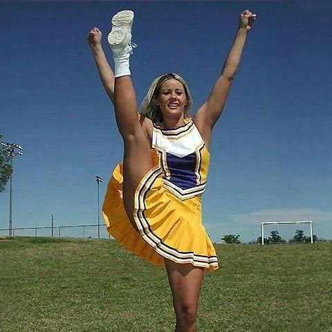 Cheerleader654a.jpg
