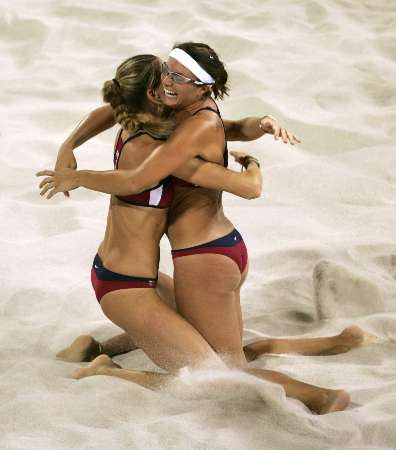 Misty May and Kerri Walsh win the Gold Medal